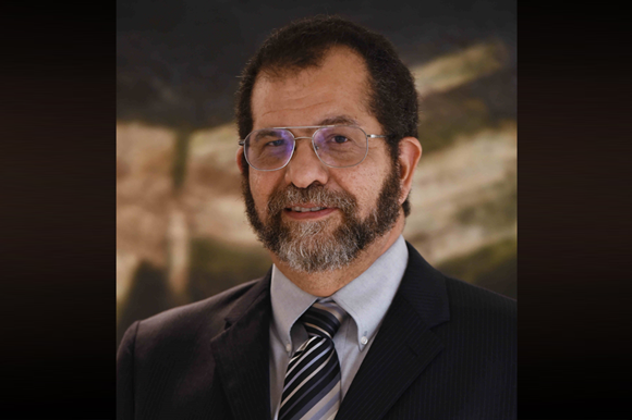Dr. Edgard Resto
